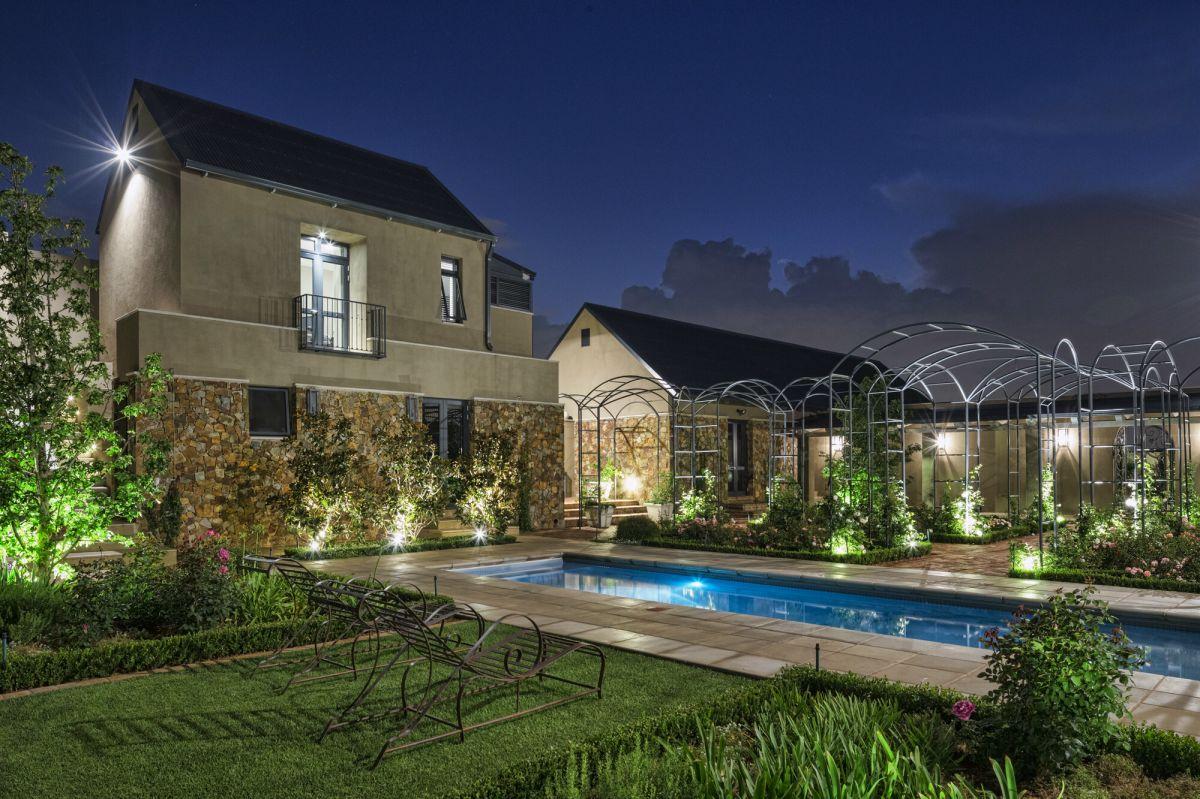 residential-construction-house-brune